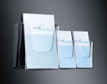 Wandprospekthalter glasklar Acryl 1 Fach A4,inkl. Schrauben u Dübeln